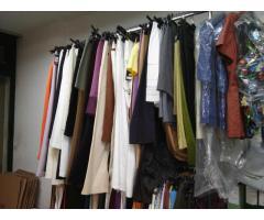 Vendita capi Abbigliamento Uomo donna a Stok