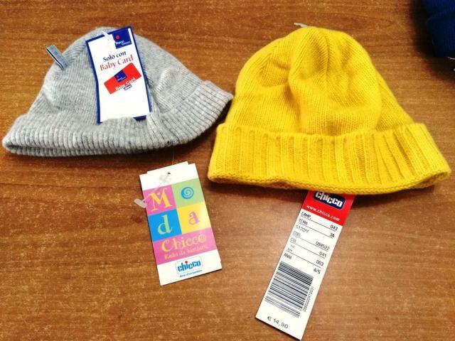 cappelli chicco Castel Volturno – Annunci di stock di abbigliamento ... d90fc43c8932
